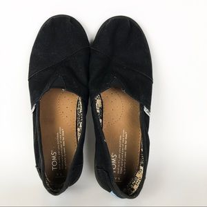 Toms Classic Black Canvas Flats Youth 5